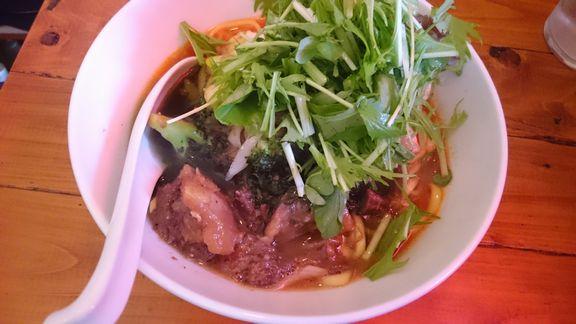 牛ほほ肉煮込みの和え麺.JPG