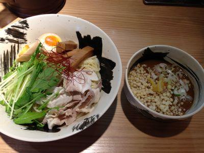 冷やし豚骨醤油つけ麺.JPG